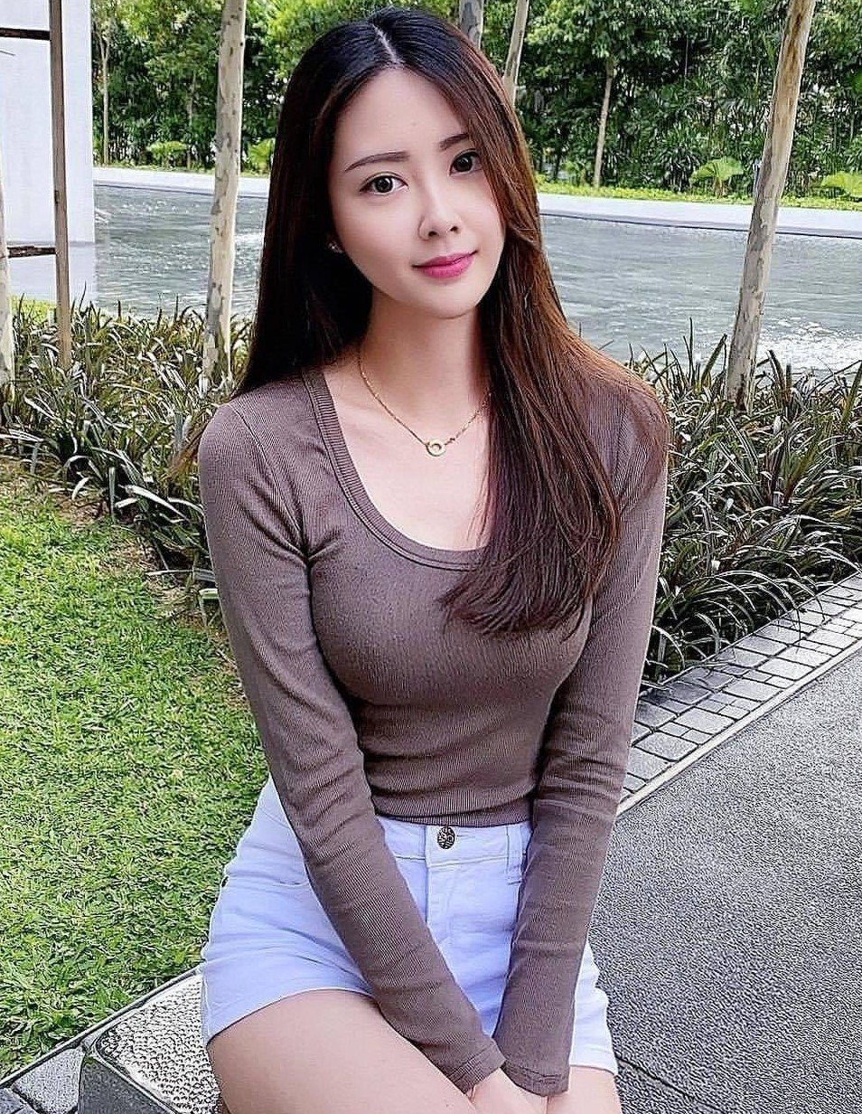 Local Chinese Escort